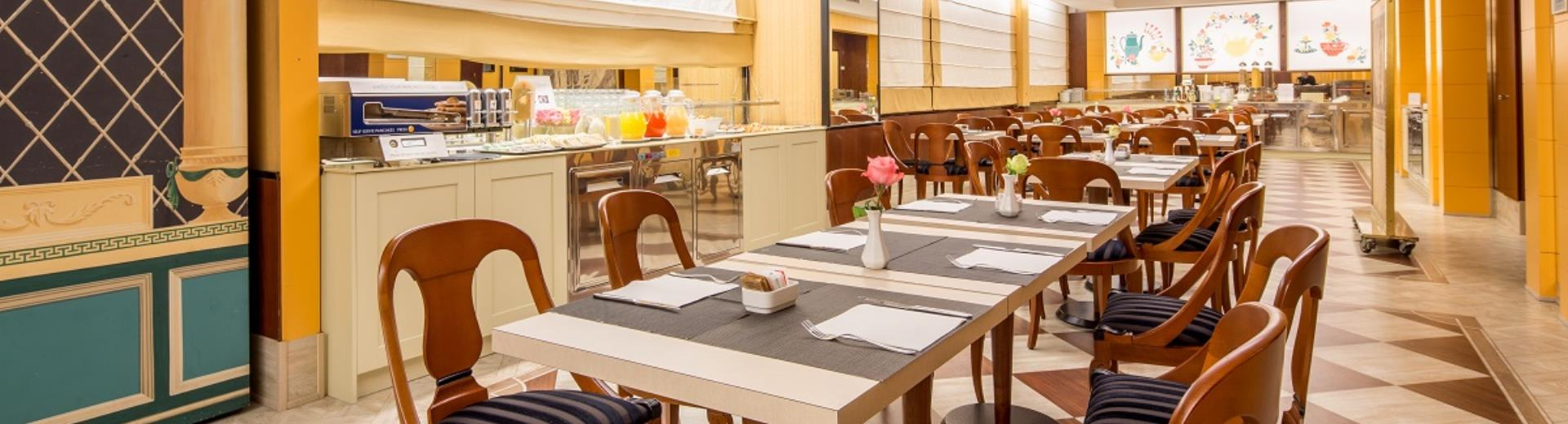 If you book through our website, breakfast costs only one euro, choose BW Antares Hotel Concorde!